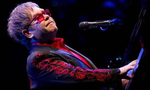 Elton-John-featuring-Ray-Cooper-Abu-Dhabi-2012_10