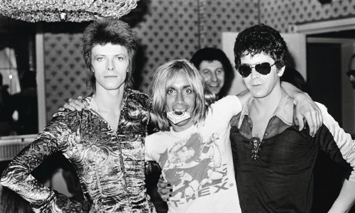 David-Bowie-Iggy-Pop-e-Lou-Reed-in-una-foto-scattata-nel-1972