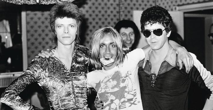 David-Bowie-Iggy-Pop-e-Lou-Reed-in-una-foto-scattata-nel-1972