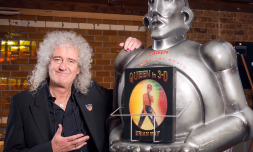 queen-guitarist-brian-may-on-his-new-3d-photo-book-virtual-reality-and-what-he-wants-from-the-new-iphone
